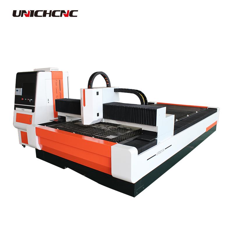 Shandong 1300*2500mm sawtooth table metal sheet cutting fiber laser machine